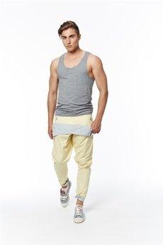 Spodnie żółte od MADOX design