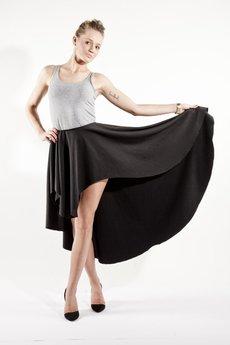 Spódnice czarne od MADE LINE