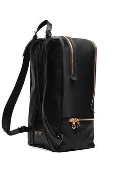 Backpack4_czarny_kwadrat770