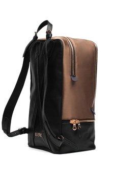 Backpack4_kwadrat770