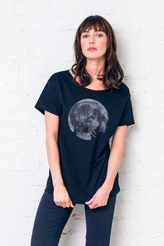 Moon-tsh-02-gau-great-as-you
